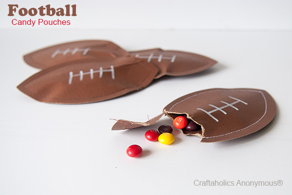 football-candy-pouches1.jpg