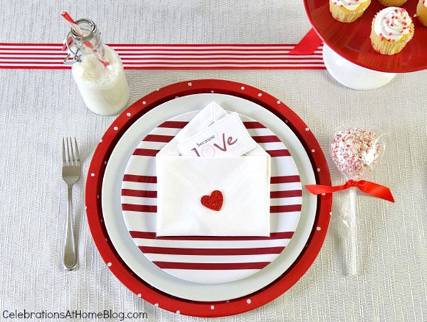 1-valentines-day-place-setting-for-the-kids