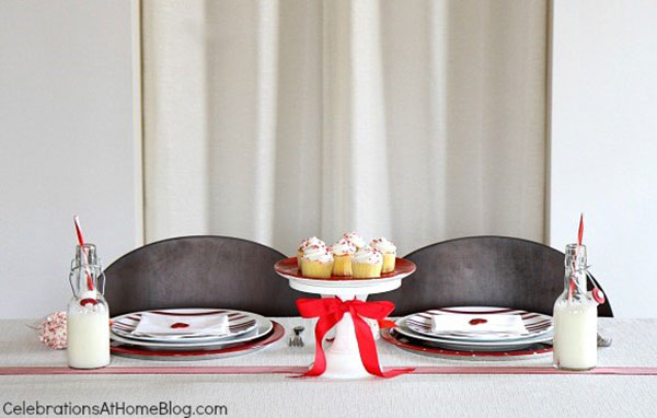 5-valentines-table-for-the-kids