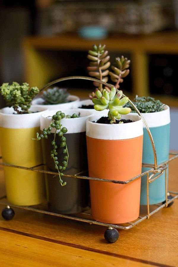 Homes.com-Recyled-Containers-Gardening-2