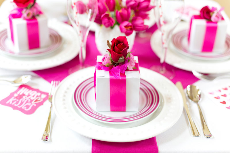 Homes.com-Pink-Valentines-Day-Party-1