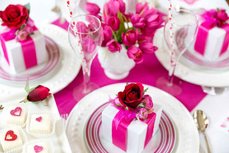 Homes.com-Pink-Valentines-Day-Party-3