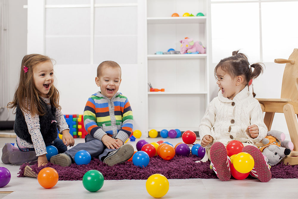 organize_playdates_for_kids_who_struggle_with_social_interactions
