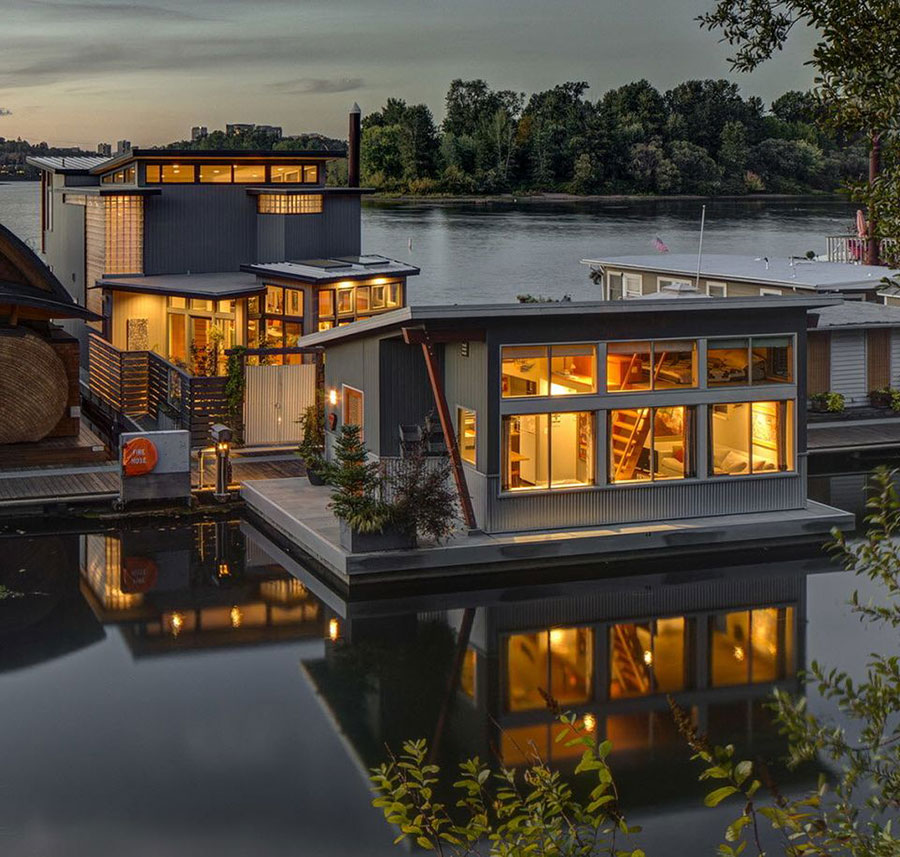 how-do-floating-homes-holdup-in-the-cold-122891ef01d49e9c